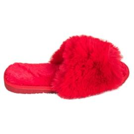 Bona Stylové červené pantofle červená