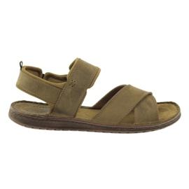Hnědý Sportovní sandály Riko 852
