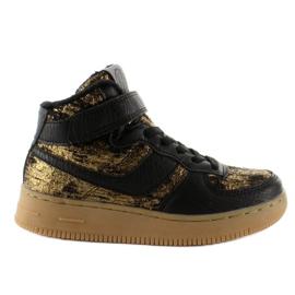 Dětská sportovní obuv izolovaná k1646103 Oro hnědý
