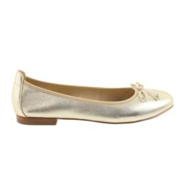 Žlutý Caprice baleríny zlaté boty pro ženy 22102