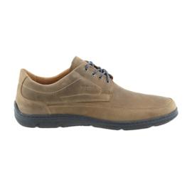 Hnědý Badura 3390 hnědá sportovní obuv