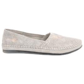 Stříbrné kožené tenisky sklouznout šedá