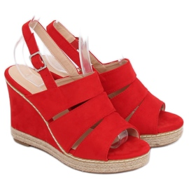 Sandály na klínové podpatky červená 9069 Červená