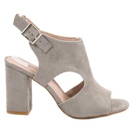 Vinceza Postavené Sandceza sandály šedá