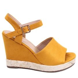 Žlutý Sandály klínové paty FD-5M14 Žlutá