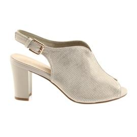 Sandály na post Sergio Leone 812