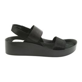 Filippo 767 profilované černé sandály černá