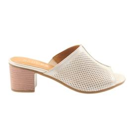 Dámské zlaté pantofle Badura 5311