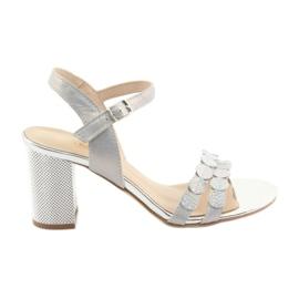 Dámské stříbrné sandály Gamis 3658