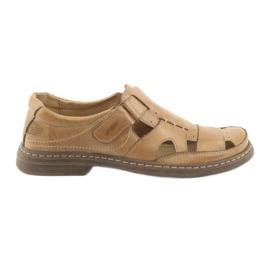 Naszbut hnědý Plné sandály Naše 968 béžová