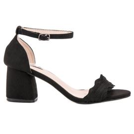 Černá VICES Sandály Na Poli