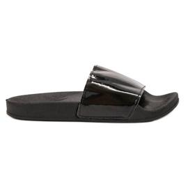 Small Swan černá Módní černé pantofle