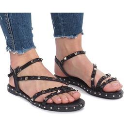 Černé ploché sandály s čepy Abloom černá