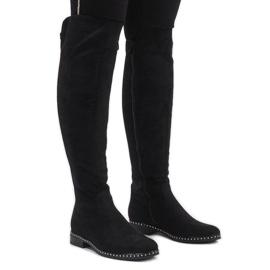 Černá Černé semišové boty s čepy H305