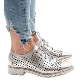 Šedá Stříbrné prolamované boty s čepy G-106-2