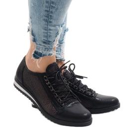 Černá Černé prolamované boty TL44