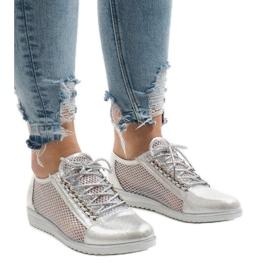 Šedá Stříbrné prolamované boty TL44
