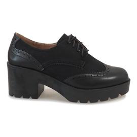 Černá Černé boty na jazzovém pilíři A532