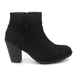 Černá Semišové kožené kotníkové boty Fringe 1631-1 Black