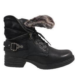 Černá Černo izolované boty JA3203