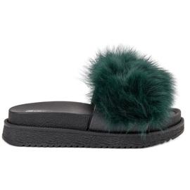 SHELOVET zelená Pantofle s kožešinou