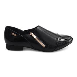 Klasická slip-on obuv TL1246 černá