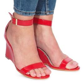 Červená Červené lakované Gail klínové sandály