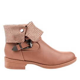 Růžové boty s přezkou a cvočky GG-43P růžový