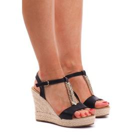 Klínové sandály Espadrilles PT1258 Černá