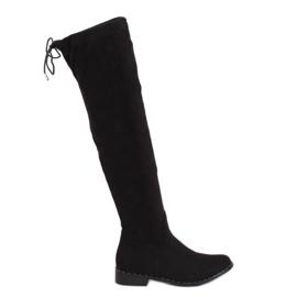 Černé semišové boty QT04P Černá