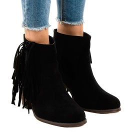 Černé semišové boty na postu FY8333 černá
