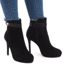 Elegantní kotníkové boty 1609-211 Černá