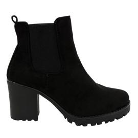 Černá Černé boty na příspěvku B3000-KB