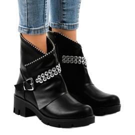 Černá Černé dámské boty zdobené A-337