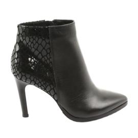 Kotníkové boty černé Espinto černá