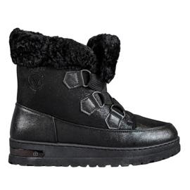 Teplé sněhové boty od MCKEYLOR černá