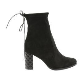 Semišové boty s ozdobnými podpatky Daszyński 154 černá