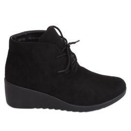 Černé krajkové kotníkové boty E3265 Black černá