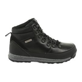 Turistické boty McKey 1069 černá