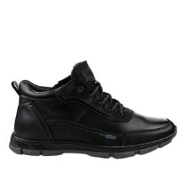 Černá treková obuv R7163-1