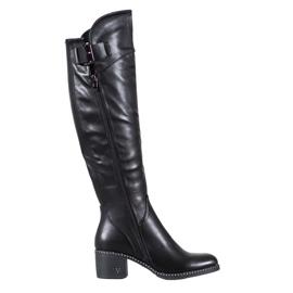 Černé boty značky VINCEZA černá