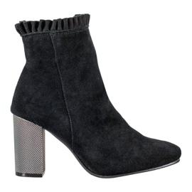 Goodin Kožené kotníkové boty s volánkem černá