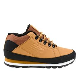Žluté izolované zimní boty 9WH917