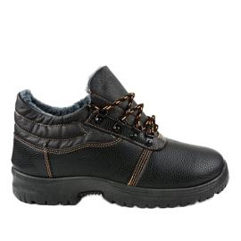 7M900 černé trekingové boty černá