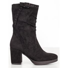 SHELOVET Vysoké boty s přezkou černá