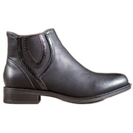 Small Swan Černé boty s ekologickou kůží černá