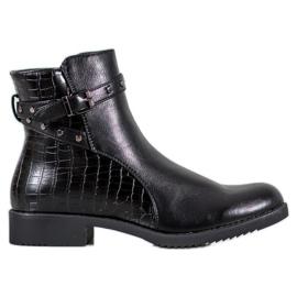 J. Star Izolované černé boty černá