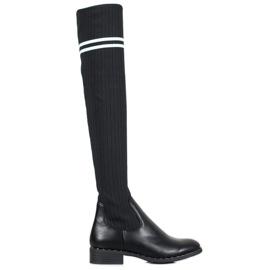 Bestelle Módní slip-on boty černá