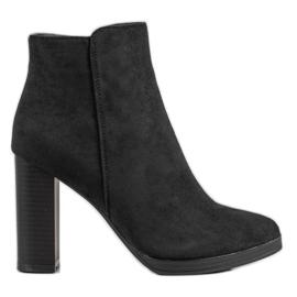 Ideal Shoes Klasické vysoké podpatky černá