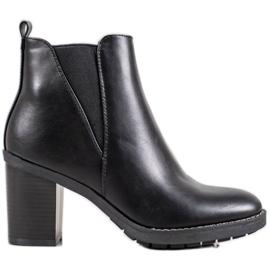 Ideal Shoes Pohodlné boty černá